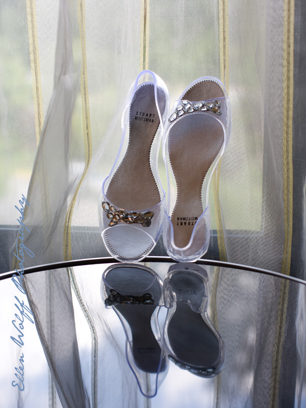 clear jelly wedding shoes for a bride