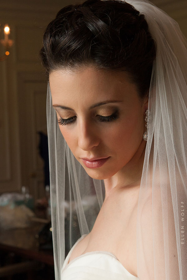 beautiful bride at muttontown country club
