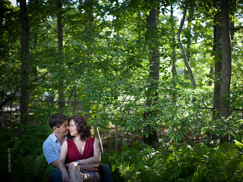 engagement photos outside in the garden
