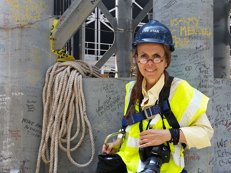 NY Photographer Ellen Wolff atop the World Trade Tower in NYC