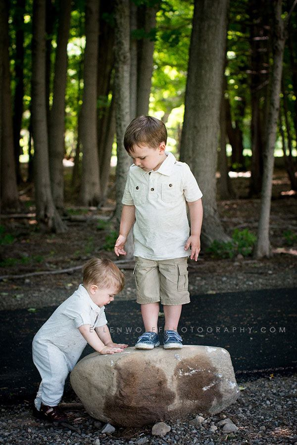 summer photos in a connecticut park