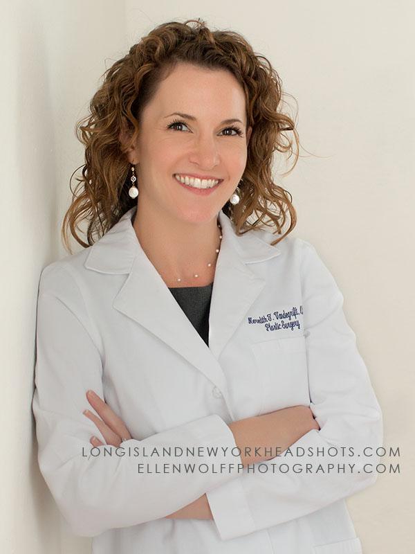 Dr M Vandegraft headshot as 6oo x 900 IMG_6271