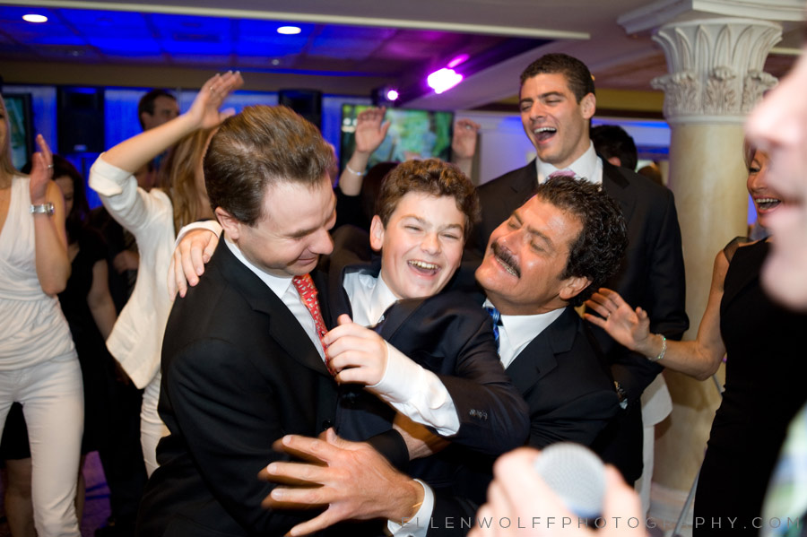 candid bar mitzvah photo from harbor club at prime