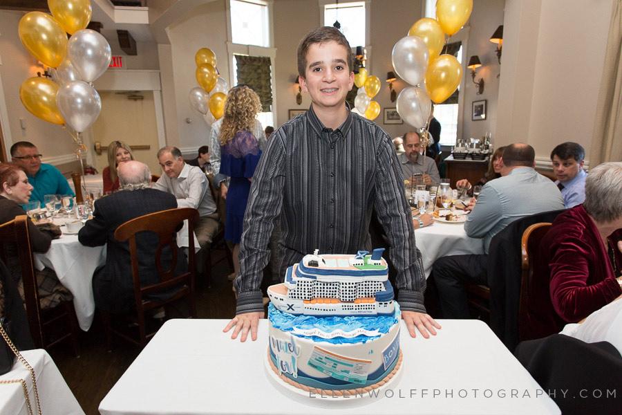 cruise ship bar mitvah cake